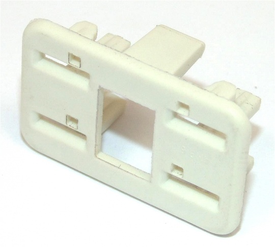 4 Way TE Connectivity Econoseal III 250 Anti-Backout White