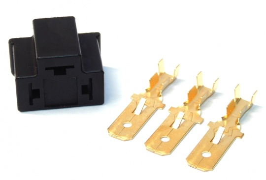 3 Way H4 Headlight Connector Kit Inc Terminals Female